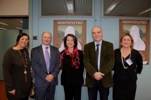 Gli amministratori del territorio con il Console Onorario (al centro) Isabelle Mallez