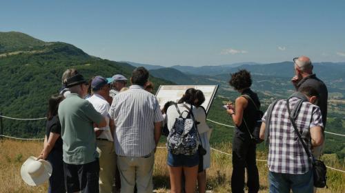 Gruppo in visita sui paesaggi della Gioconda Pennabilli PU