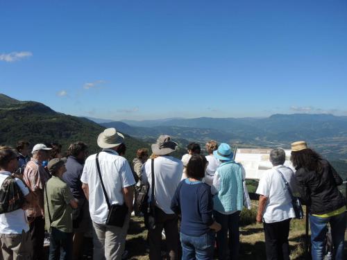 Pubblico in visita ai Paesaggi della Gioconda Montecopiolo 2017